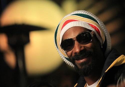 Snoop Defends His Switch To Reggae