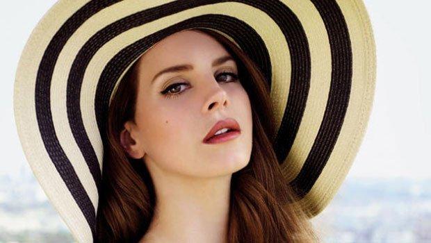 """Lana Del Rey's """"Ultraviolence"""" Debuts at No. 1"""