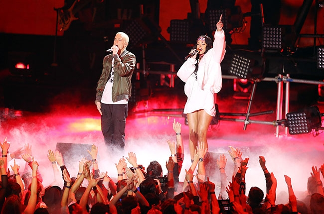 Eminem & Rihanna Ready to Kick Off The Monster Tour