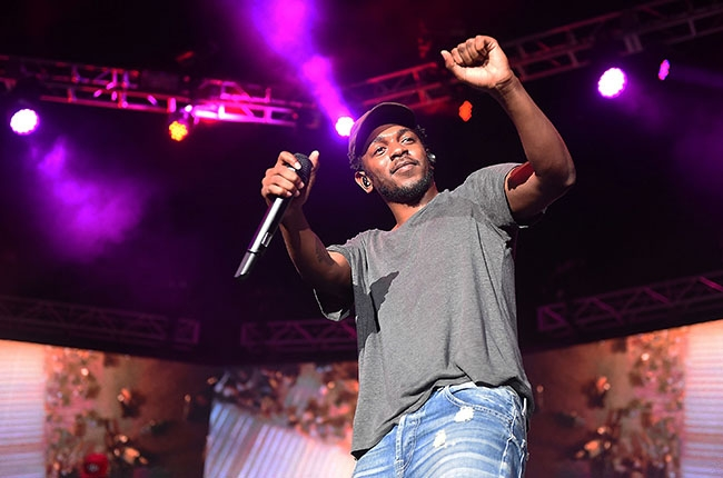 Kendrick Lamar Perform New Song 'I' Live For First Time