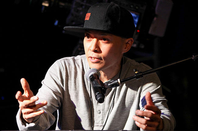 Check Out DJ Q-Bert's Amazing Kickstarter-Funded Interactive Album Cover