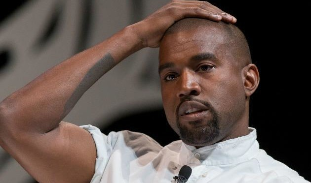 Kanye West's New Approach to Paparazzi: 'Thank You, Thank You, Thank You'
