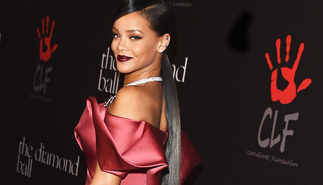 Rihanna Taps Lionel Richie, Kevin Hart for Her 2nd Annual Diamond Ball Fundraiser