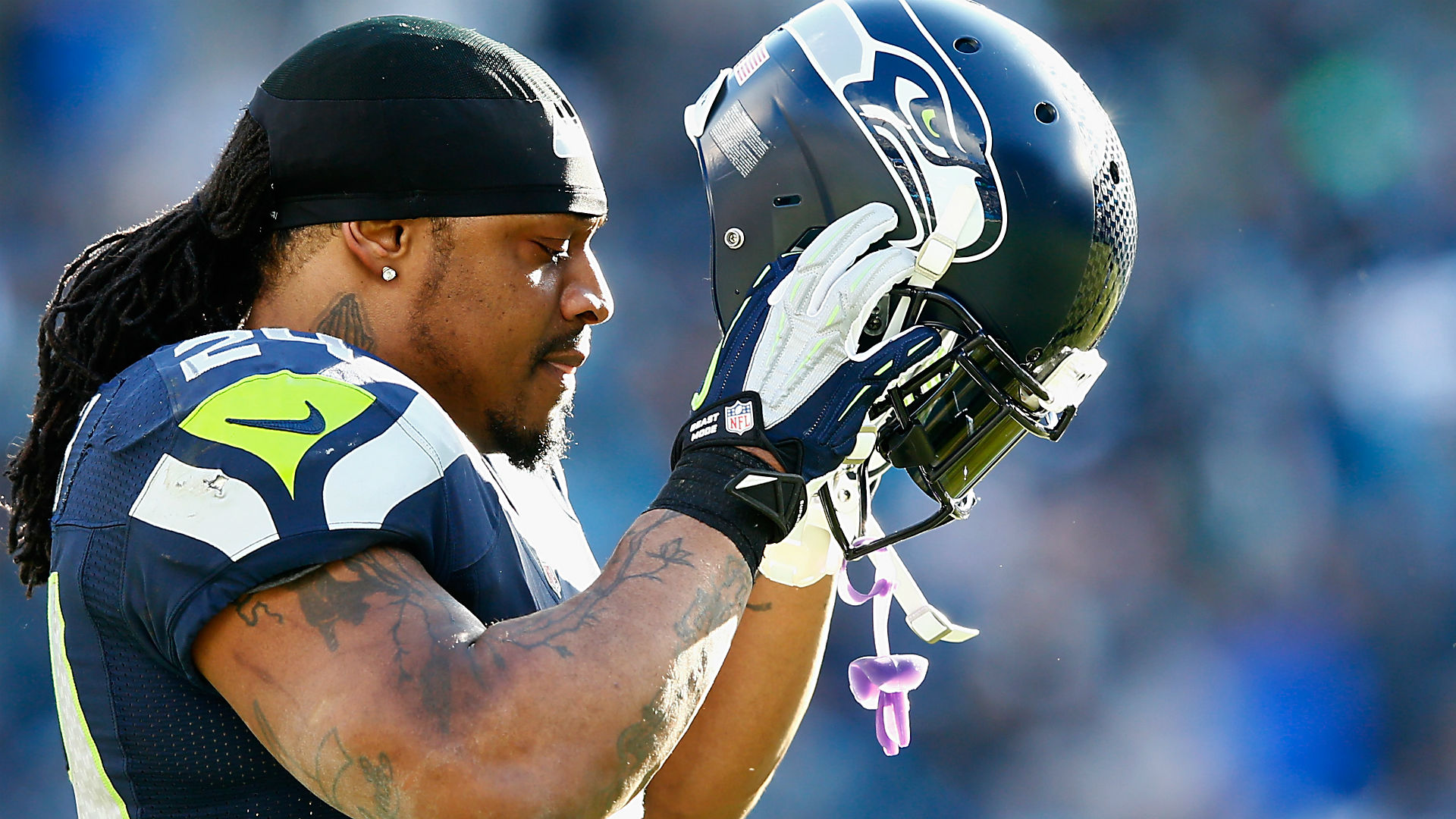 Marshawn Lynch Officially Announces Return to NFL With Perfect Message
